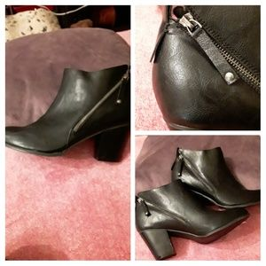 """Blck leather""""torrid"""" ankle boots 11.5"""